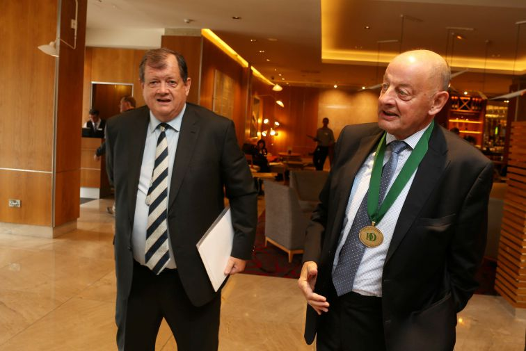 Repro Free: Friday, 16th September 2016. Mr. Paul Coulson, Chairman of Ardagh Group today addressed the Autumn Lunch of the Institute of Directors in Ireland (IoD) in the DoubleTree by Hilton Hotel in Dublin, sponsored by Amrop. Pictured are Paul Coulson, Chairman, Ardagh Group and Des Lamont, President, IoD. Picture Jason Clarke